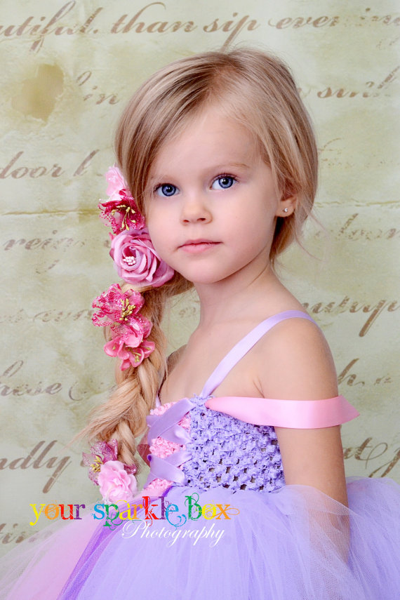 Little Girls Hairdos: Halloween Hairstyles for Fairies and Princesses