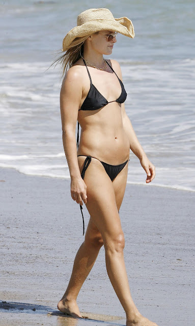 Check Out the Hottest Maxim Photos of Ali Larter Ever - Maxim
