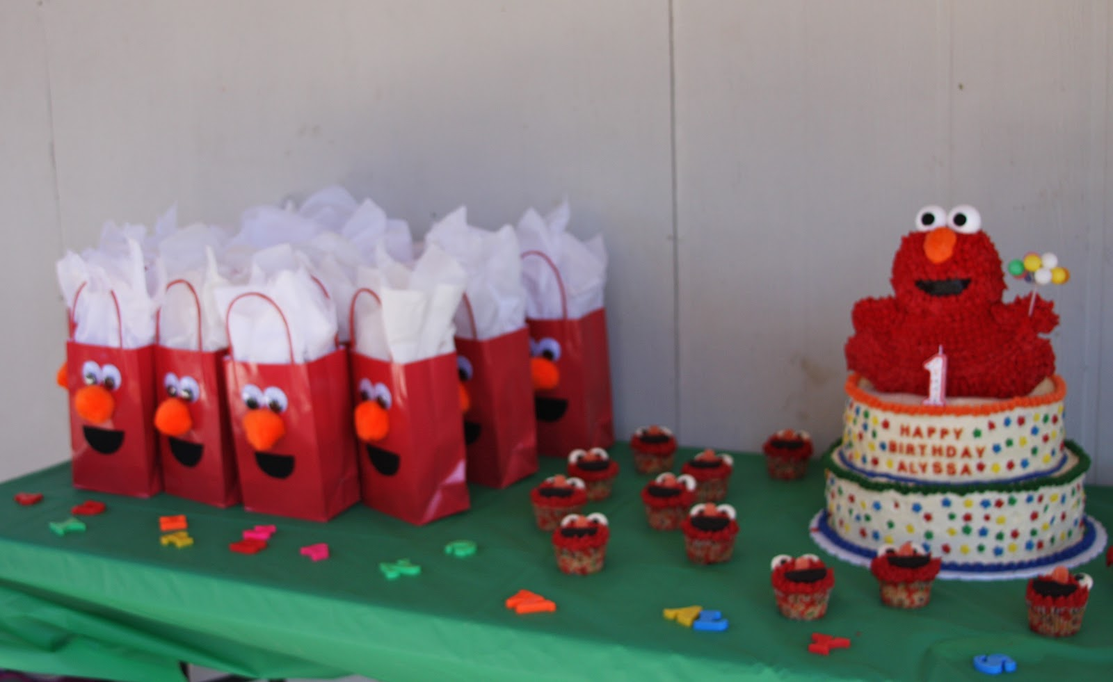 Learning Journey: E is for an Elmo Themed Birthday Party