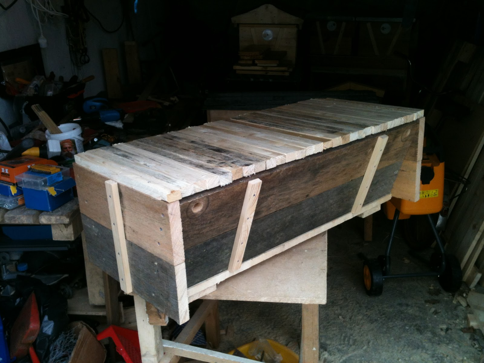 Bee Hives All Over The Place ;) I Have Begun To Construct The 4th Long  Horizontal TBH. This Timber Is 30mm Tick. Top Bars ...
