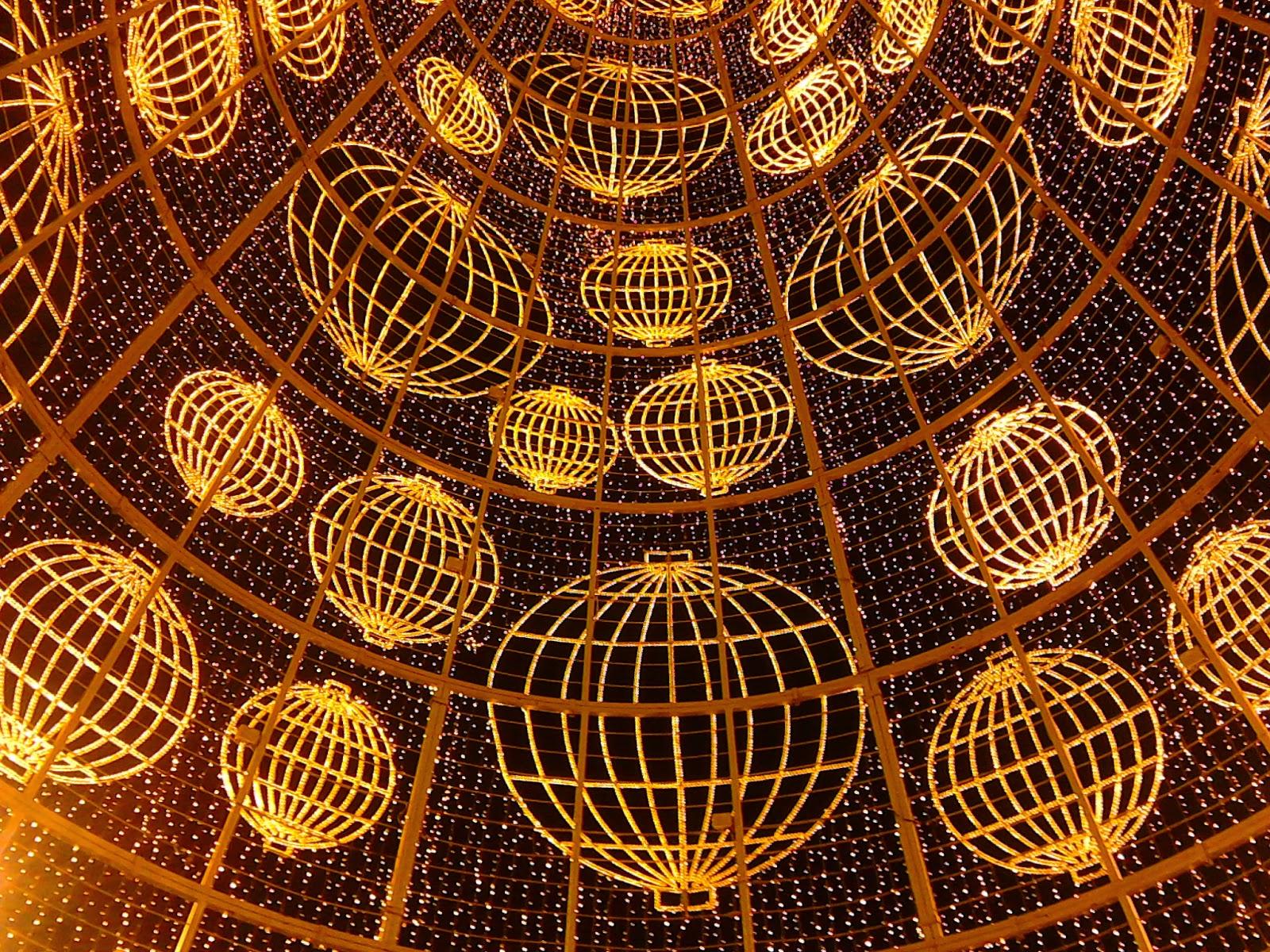 anuncio lotería, anuncio lotería Navidad 2014, premio gordo 2014,suerte,calvo lotería, bar antonio lotería, décimo manolo, bar villaverde anuncio lotería,bombo,ilusión,magia
