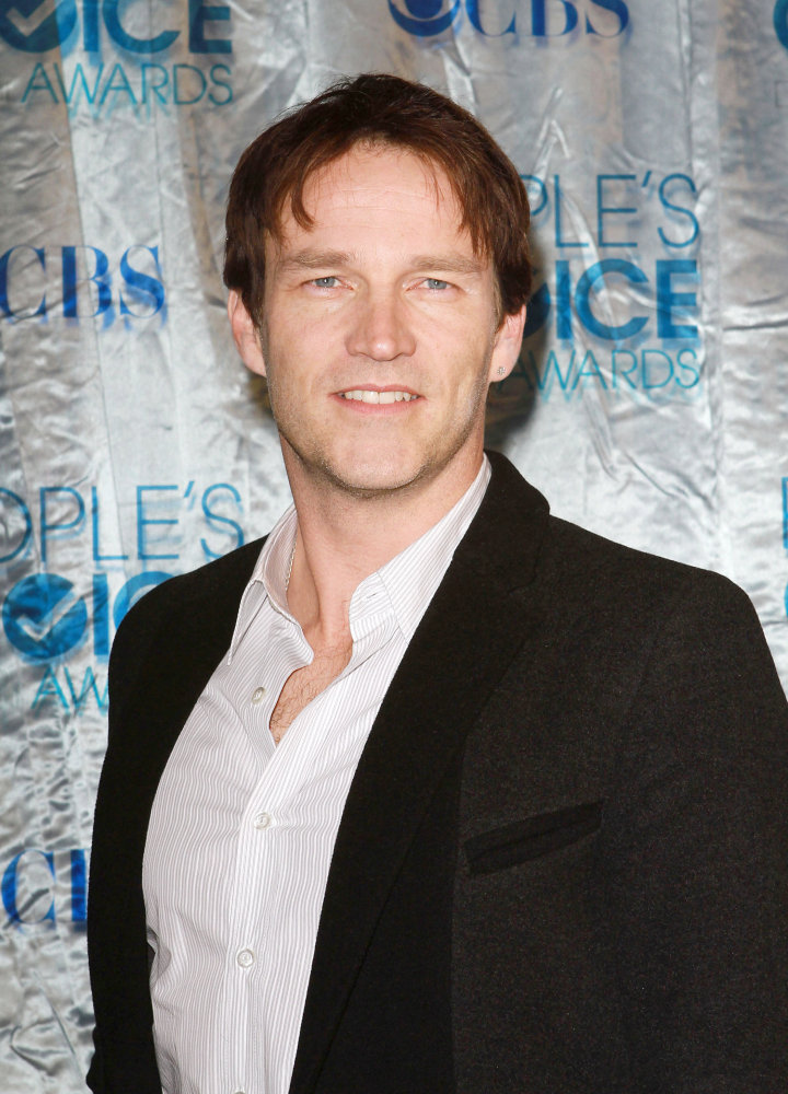 Stephen Moyer Photos