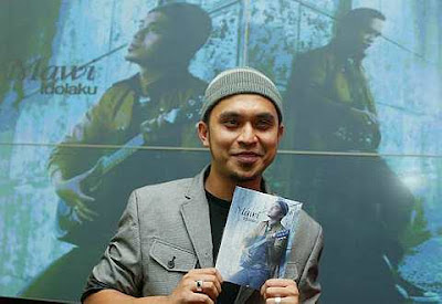 Mawi - Mungkin Langitmu Lebih Biru MP3