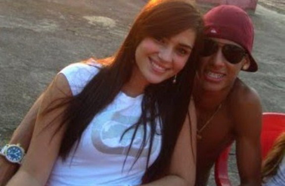 All Football Players: Neymar Girlfriend 2012
