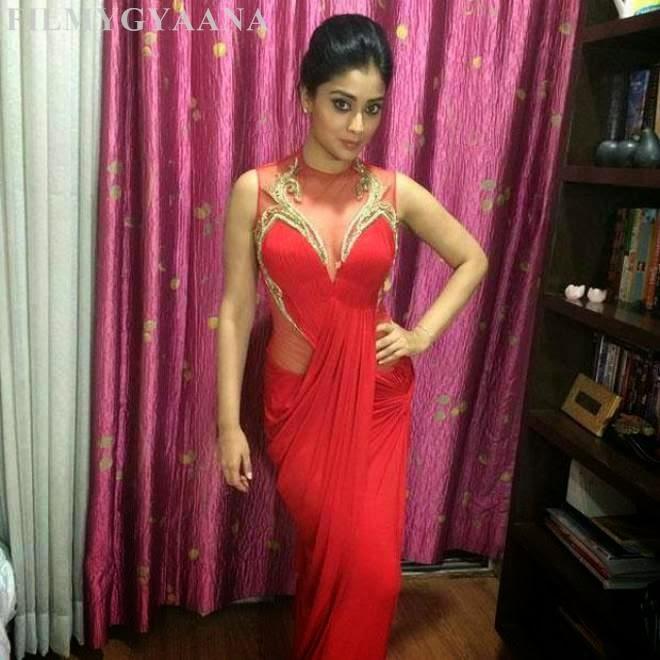 Shriya Saran Latest Cute Wallpapers in Red Dress