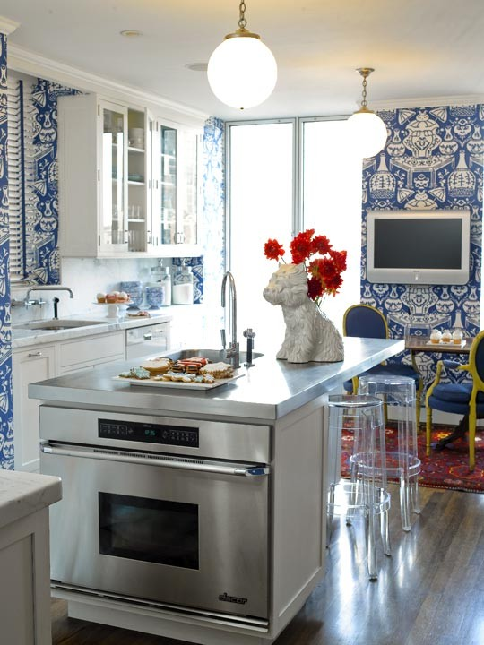 Aesthetic oiseau blue and white wallpaper kitchens for Blue kitchen wallpaper