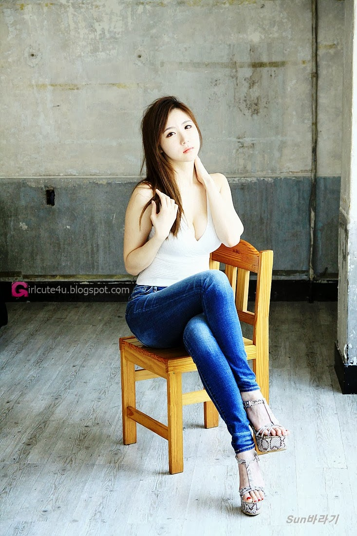 1 Yeon Da Bin - White Top & Jeans - very cute asian girl-girlcute4u.blogspot.com