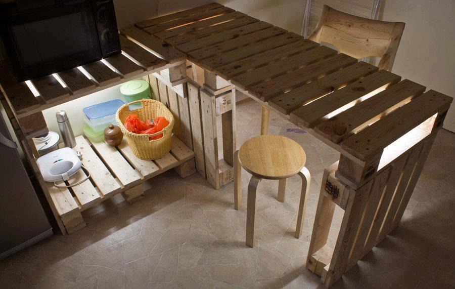 Mesa y mueble auxiliar para cocina - Mesas de palet ...