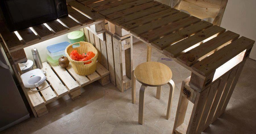Mesa y mueble auxiliar para cocina for Mesa auxiliar para cocina