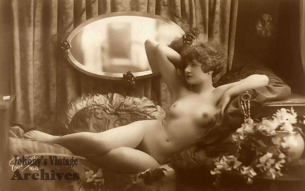 Photos porno dans les archives
