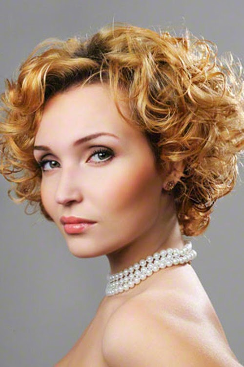 short haircuts for curly hair women