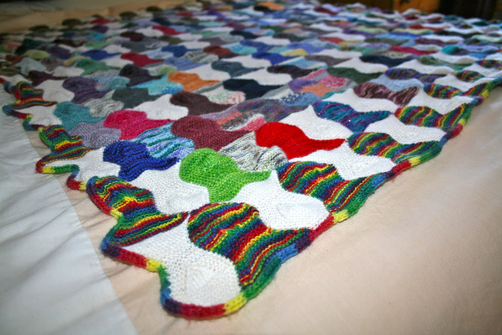knitted fish blanket pattern - 28 images - eat knit knit the fish ...