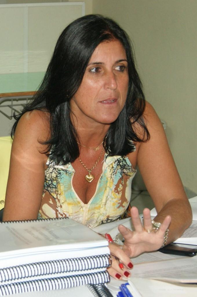 A coordenadora Cristina Esteves ressalta a importância do Pacto para o Município
