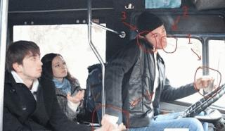 smiješne slike: Vozač autobusa u vožnji, pije, puši, poziva na telefon