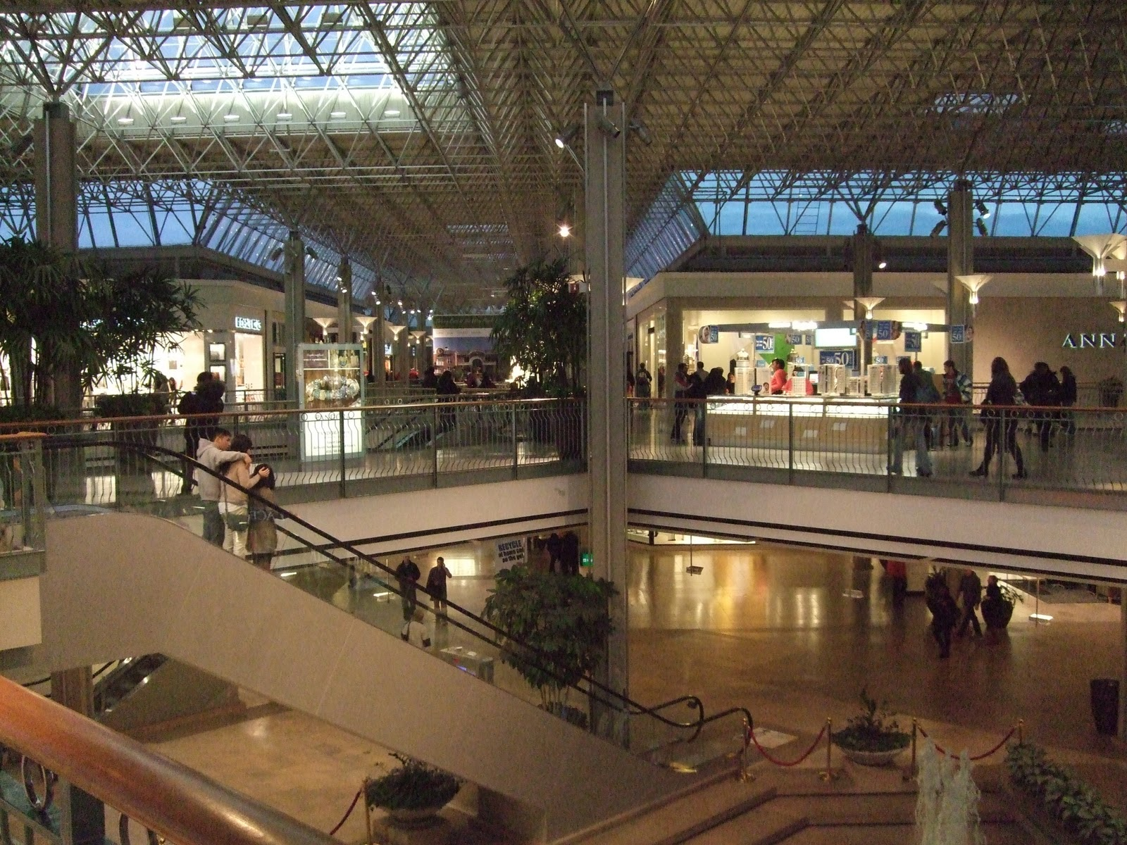 Welcome to Columbia Mall Mall Hours: Monday - Saturday am - pm, Sunday pm - pm Mall Walker Hours: Monday - Saturday am - am, Sunday am - 12 noon. HOLIDAY HOURS MAY VARY.