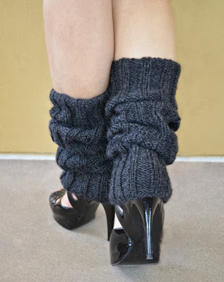 https://www.etsy.com/listing/99668364/knit-leg-warmers-charcoal?ref=shop_home_active