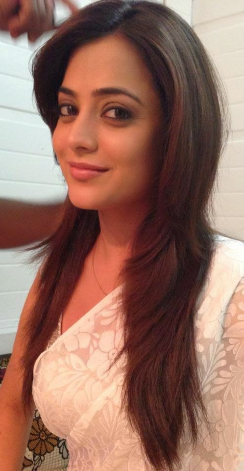 Images of Nisha Aggarwal 1