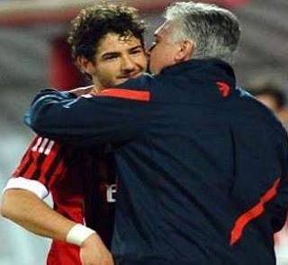 Carlo Ancelotti Tidak Memburu Pato dan Kaka