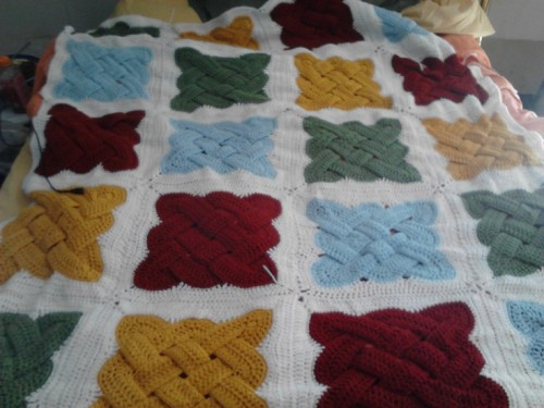 Celtic Knot Squares - Free Pattern