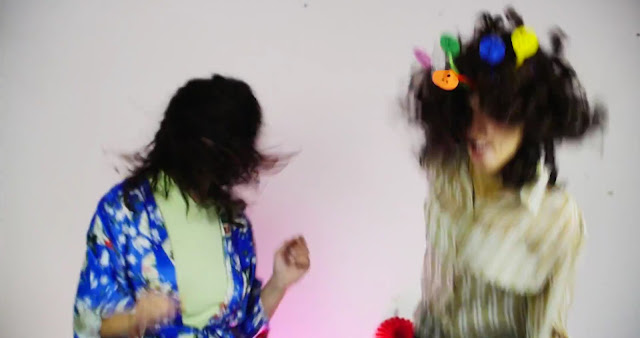 http://www.upsetmagazine.com/watch/get-portuguese-dream-punk-fix-pega-monstros-infectious-new-video-estrada/