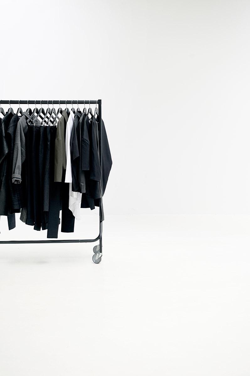 minimalistinen vaaterekki