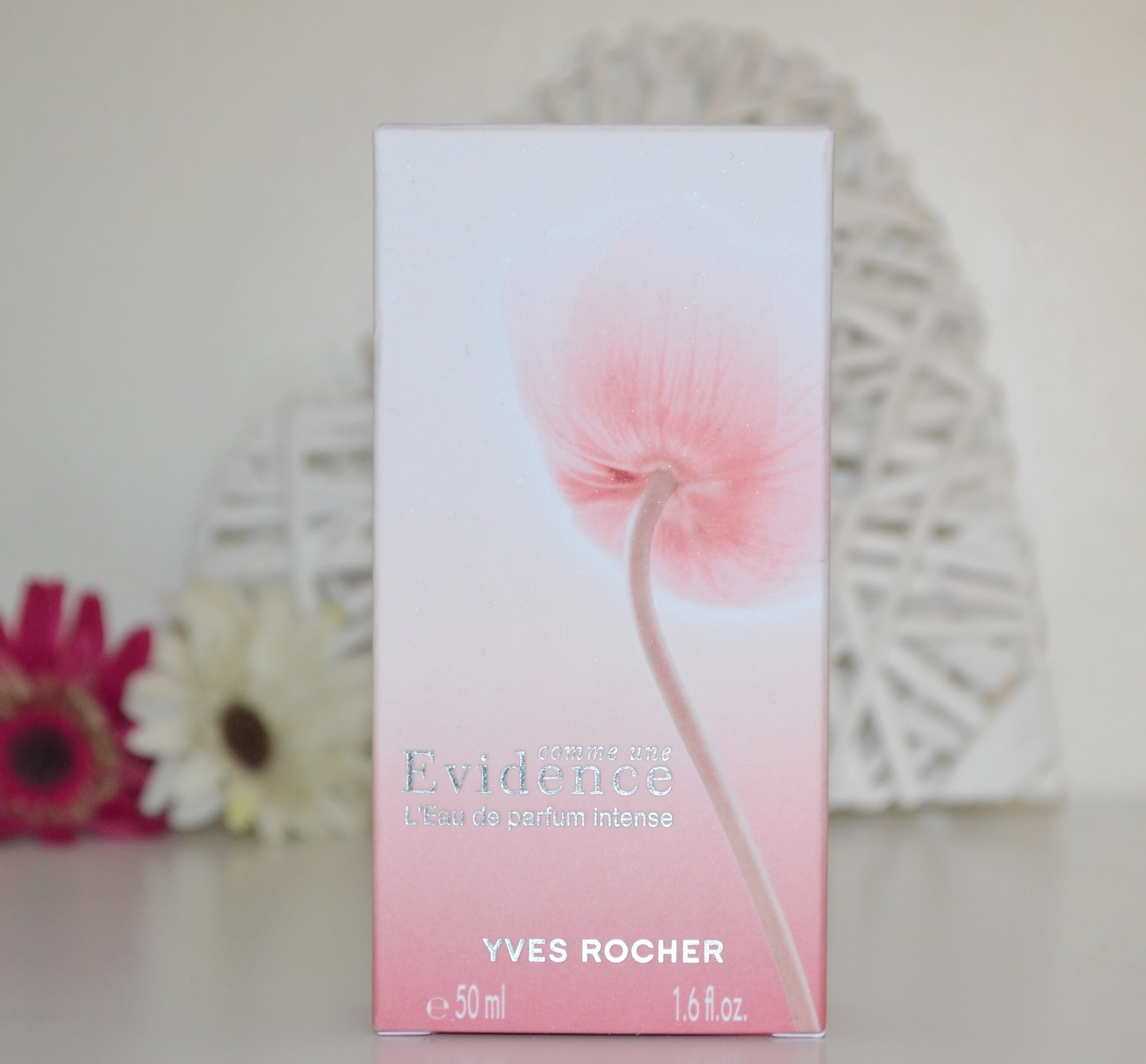 yves rocher, yves rocher perfume, yves rocher perfume review, french perfume, yves rocher evidence, yves rocher evidence review, beauty blog, blog review