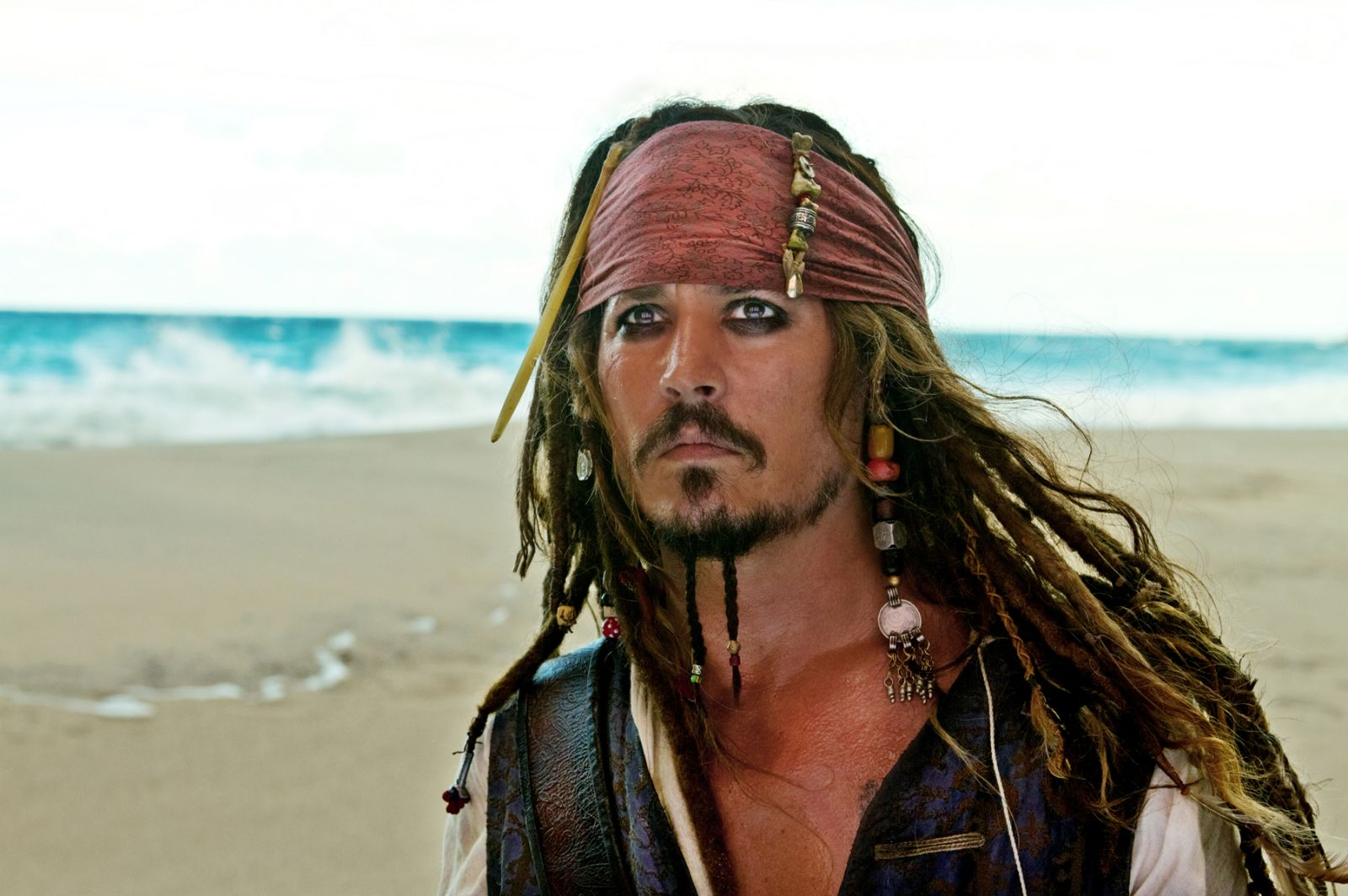 http://4.bp.blogspot.com/-EW_CUtKeQpw/TcdSrbIhLyI/AAAAAAAAYfI/LtXT4OWbzNw/s1600/2011_pirates_of_the_caribbean_on_stranger_tides_028.jpg