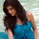 Wet Sruthi Haasan @ Beach Spicy Stills