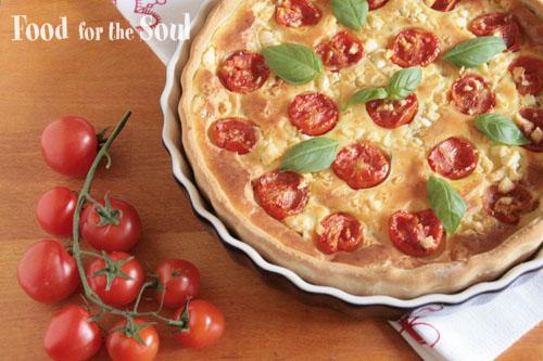 Torta salata con formaggio di capra pomodori e basilico (goat cheese, tomato and basil tart)