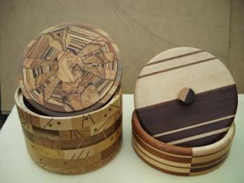 tornite in legni vari,intarsio a massello