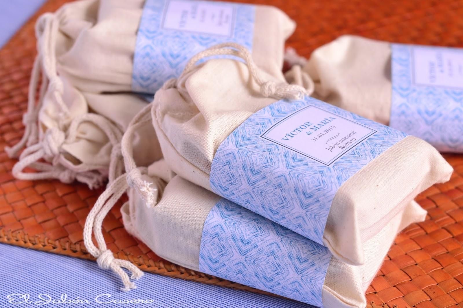 detalles de boda para hombres bolsitas con jabones naturales de romero