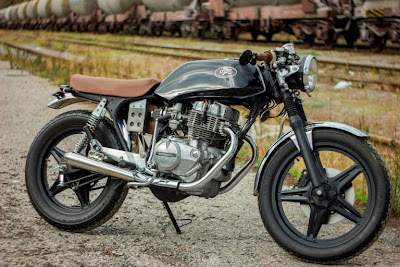 Honda CB 250 Custom