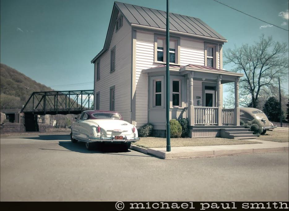04-239-Ferry-Street-Model-World-1950s-Model-Maker-Michael-Paul-Smith-www-designstack-co