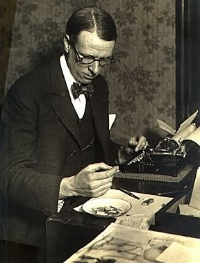 a description of lewis as the first american writer to win the nobel prize for literature The life of sinclair lewis born in 1886, in sauk centre, minnesota, henry  sinclair lewis became the first american novelist to win the nobel prize for  literature.