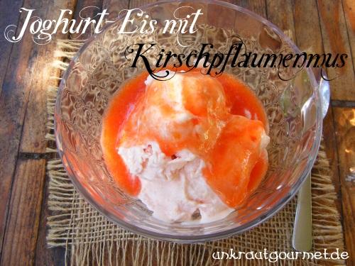 Joghurt-Eis mit Kirschpflaumen