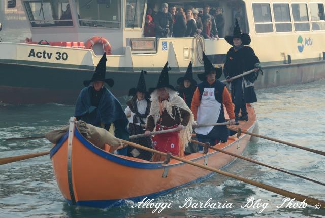 Befana in Barca a Venezia