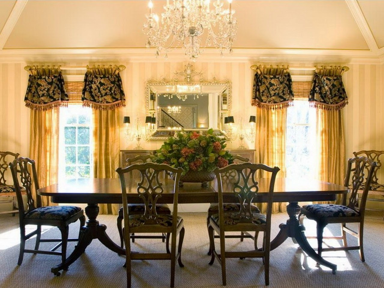 Beautiful pottery barn dining room curtains for Beautiful dining room photos