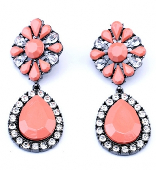 http://www.persunmall.com/p/water-drop-earrings-with-rhinestone-in-pink-p-22957.html?refer_id=22088