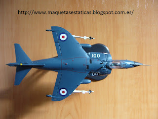 maqueta en miniatura marca Italeri Sea Harrier