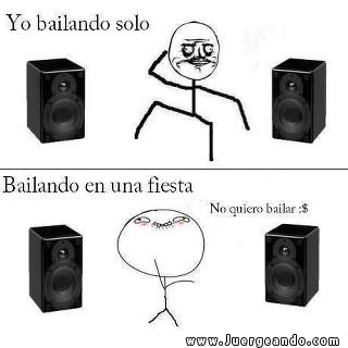 Yo bailando solo, bailando en una fiesta