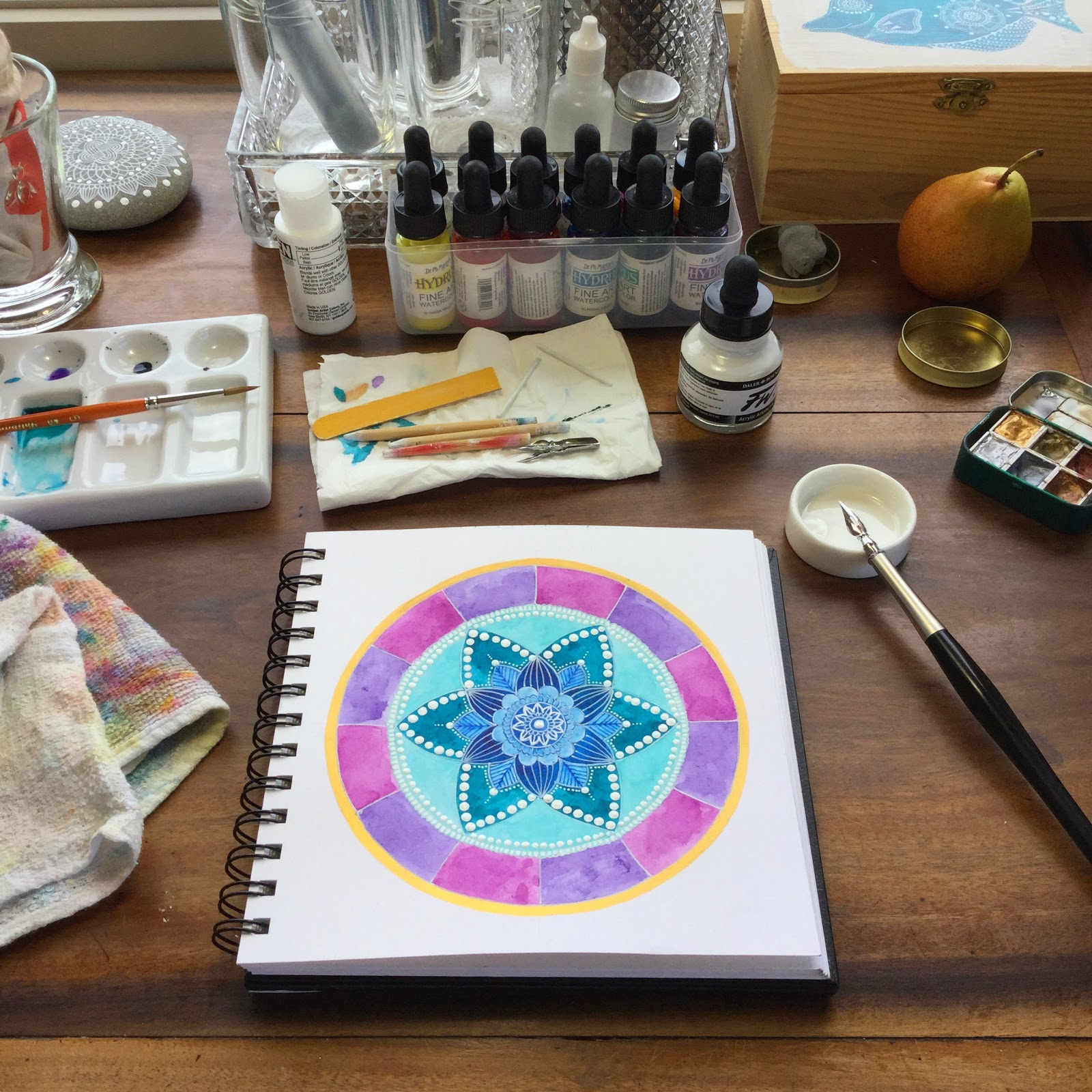 http://www.magamerlina.com/2014/11/long-time-no-see-new-mandala-tutorial.html