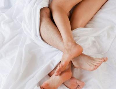 Tránh thai tự nhiên bằng việc sex một nửa