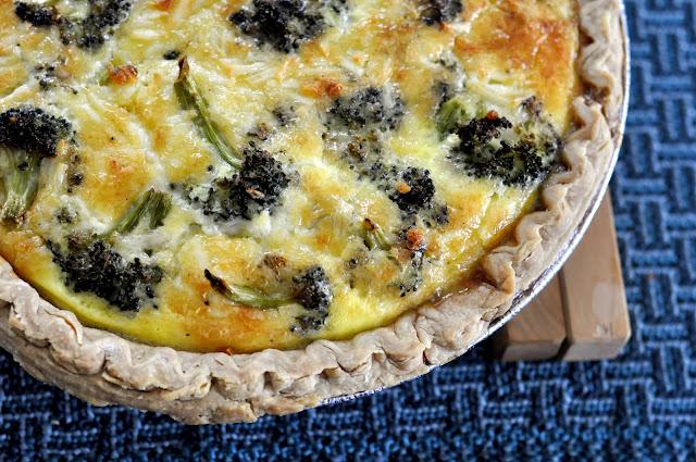 Roasted-Broccoli-White-Cheddar-Quiche-tasteasyougo.com