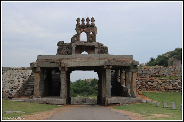Talarighatta Gate at Vijaya Vittala temple, HAmpi