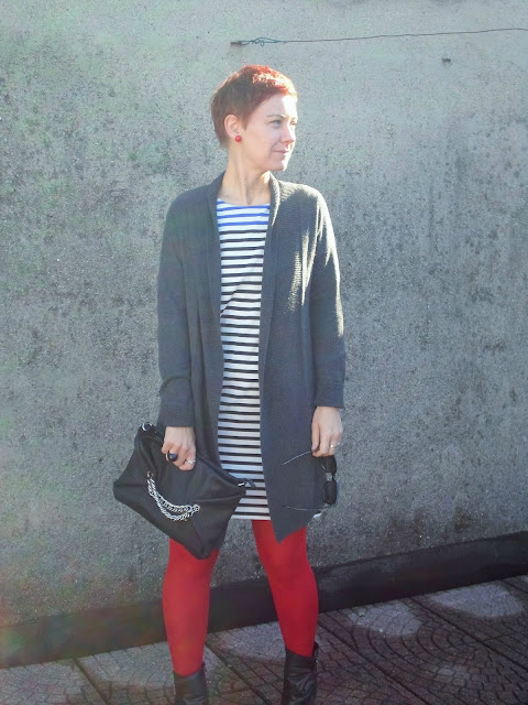 Fall Fashion with repeats. Striped dress, grey cardigan, red tights and edgy wedge booties    Funky Jungle, mindful fashion & personal style blog