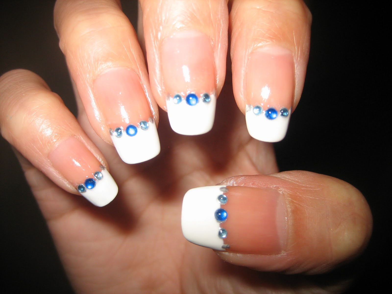 Awesome Nails By Nicole: NOTD: Rhinestone French Manicure :)