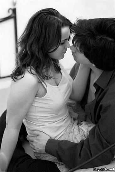 صور بوس قبلات