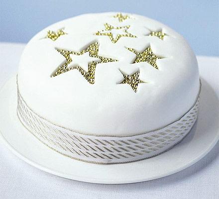 Alternative Decoration For Christmas Cake : Lynda Jane Cakes: Christmas Cake Decoration