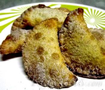 receita de pastel doce com recheio de banana e ricota