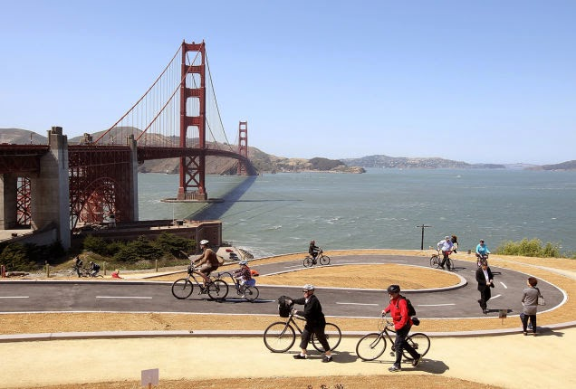 Riding+is+fun+on+this+2-year-old+bike+path+near+the+Golden+Gate+Bridge+in+San+Francisco.+And+the+view+is+awesome.+-+18+Amazing+Places+You+Should+Ride+Your+Bike+Before+You+Die.jpg